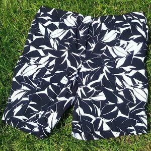 Mario Serrani Black and White Leaf Print Shorts